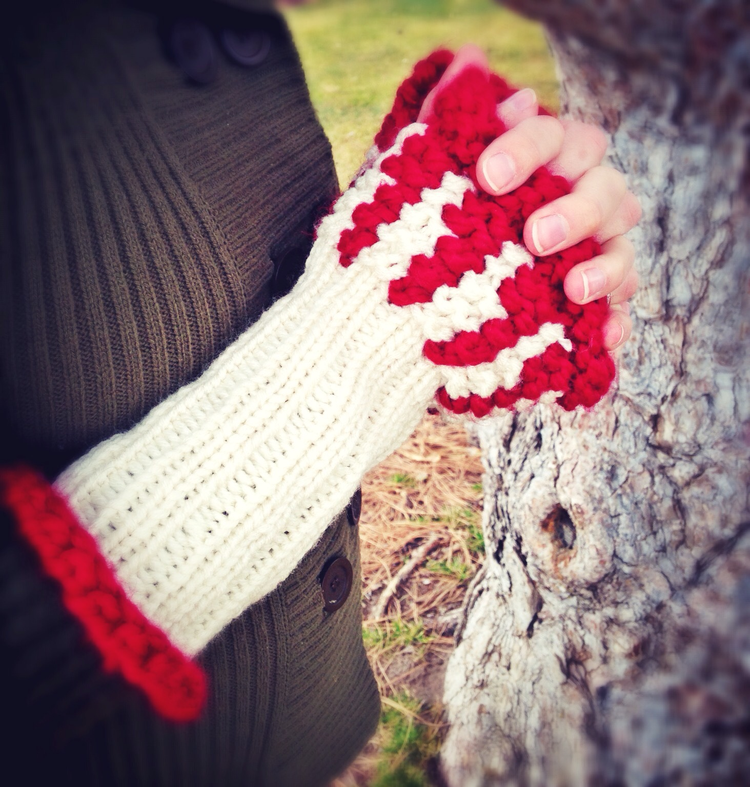 DIY: 25 Wearable Geek Projects You Can Knit or Crochet | Geek and Sundry